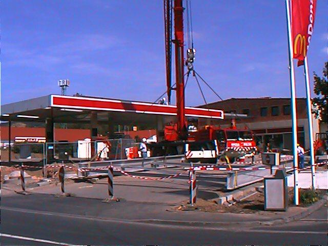 Gewerbebau-Tankstelle-02.jpg