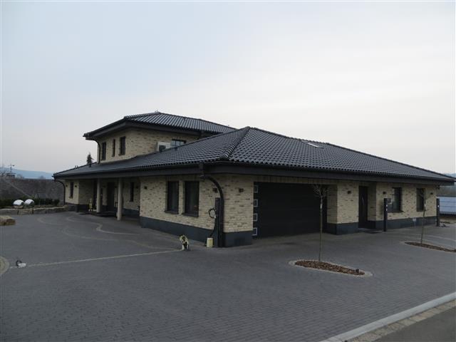 wohn-geschaeftshaus-06.JPG